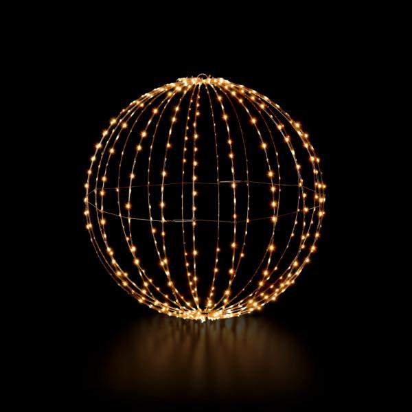 Royal Ball, medium